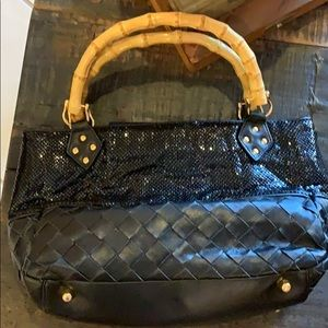 NWOT Rare Whiting and Davis Mesh/Leather clutch❤️
